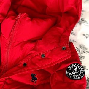 Abercrombie red winter jacket in M